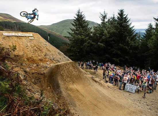 Bernard Kerr's Crazy Winning Mountain Bike Run from Hardline 2016