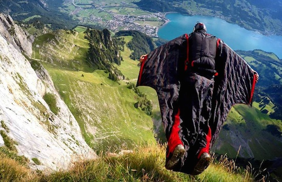 Checkout This Wingsuit Flyer Graham Dickinson