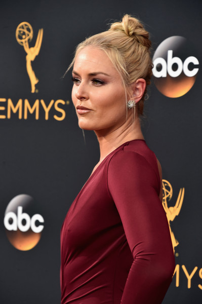 Lindsey Vonn Shows Off the Cakes at the Emmys