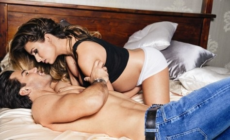 Eric Decker and Wife Schedule their SEXY Time