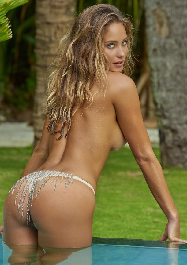 Hannah Davis Posts X Rated Pics, Claims Hacking