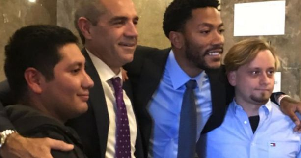 Jurors took photos with Derrick Rose after clearing him of rape