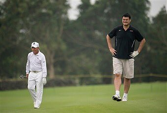 Yao Ming & Gary Player On The Golf Course Together is Funny