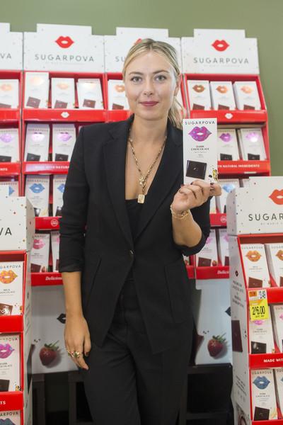 Maria Sharapova Pushing Chocolate in Boston
