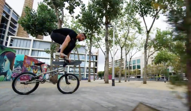Dude Mixes Up BMX Riding & Parkour In One