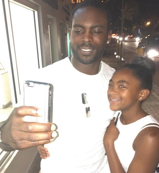Mike Vick's Daughter Has Some Skills