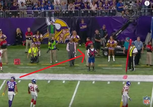 Vikings Ball Boy Makes One-Handed Snag Look Easy