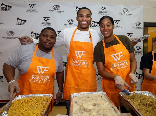 Russell Westbrook Kicked off holiday spirit early with 5th Annual Thanksgiving Dinner