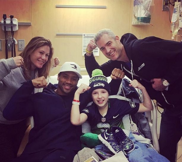 Russell Wilson Making Christmas Come Early