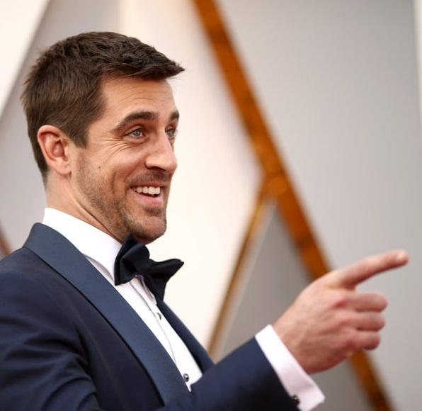 Country Star Comes to the Rescue of Aaron Rodgers and Olivia Munn