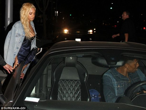 Nick Young and New Singer/Booty Girl Are Done?