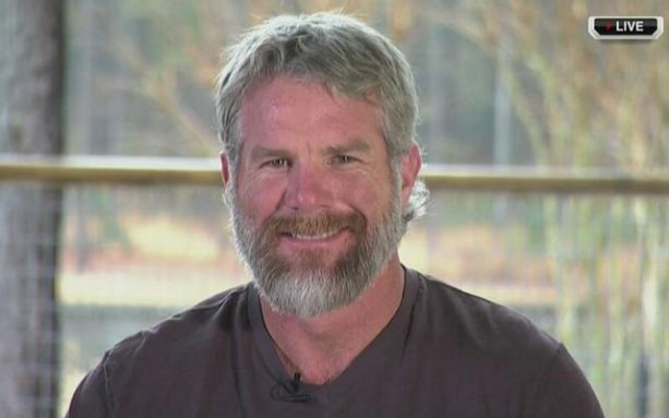 Homeless Looking Brett Favre Finally Congratulates Tom Brady