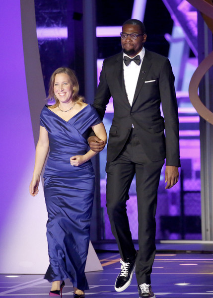 Kevin Durant Spends an Evening with A-Rod's Girlfriends' Sister