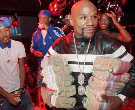 Floyd Mayweather Getting into the Strip Club Business