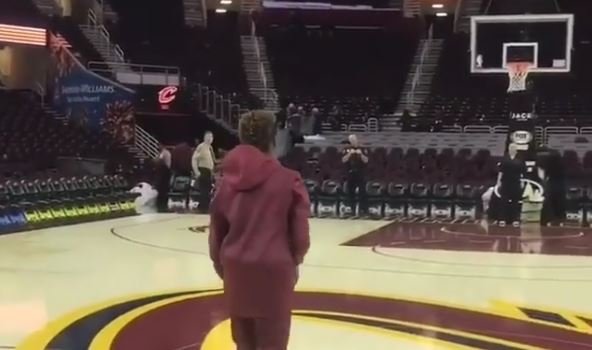 LeBron James Jr. Nailed A Half-Court Shot Like It Was A Free Throw