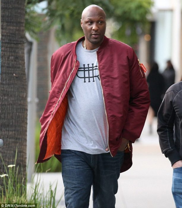 Lamar Odom Out Of Rehab Hanging WIth Lil Khloe