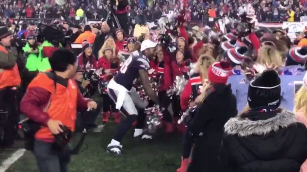 Martellus Bennett Danced with Patriots Cheerleaders