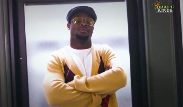 Undercover Video: Le'Veon Bell Crashes Chess Club