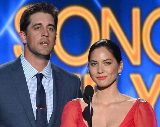 People Keep Bringing Back Up Olivia Munn's e-mails to Chris Pine