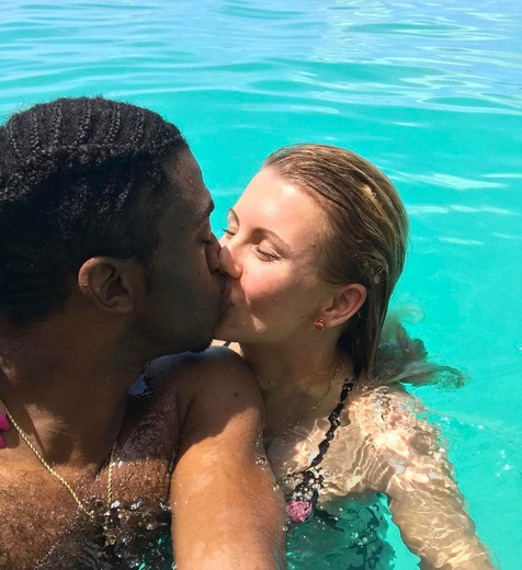 RG3 and Girlfriend Offseason Vacation in Bora Bora