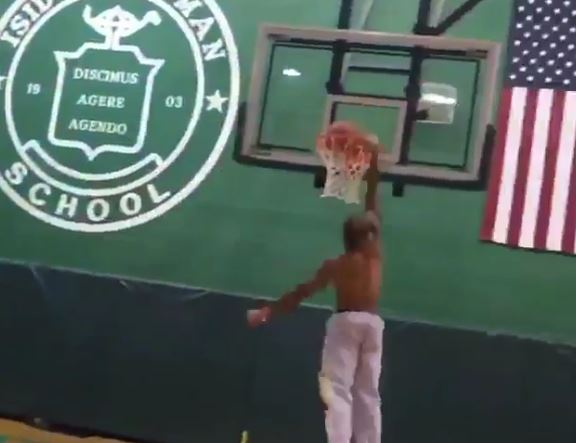 Odell Beckham Jr. Working On His Dunking