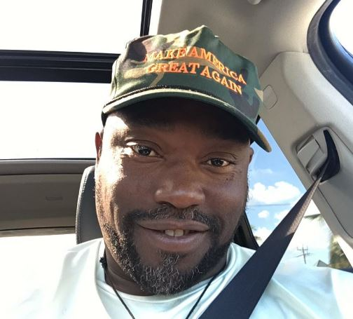 Warren Sapp Trashed On Twitter For Wearing A Make America Great Again Hat