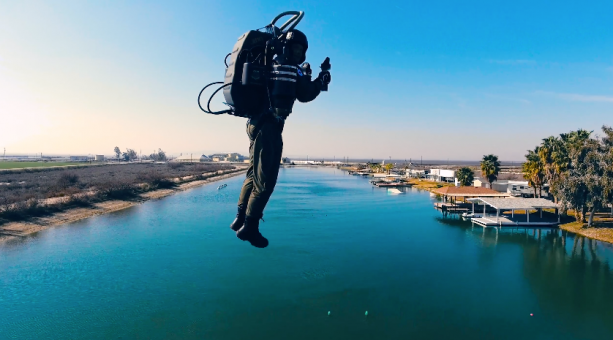 JetPack! Rocketeer in Real Life! – 4K