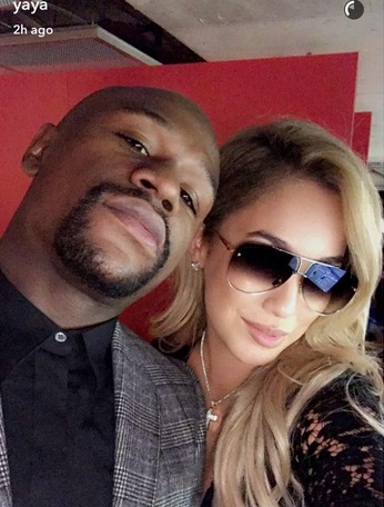 Floyd Mayweather Brought his 19 Year Old Girlfriend to the Super Bowl