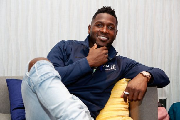 Antonio Brown Shows Off Visa Payment Ring