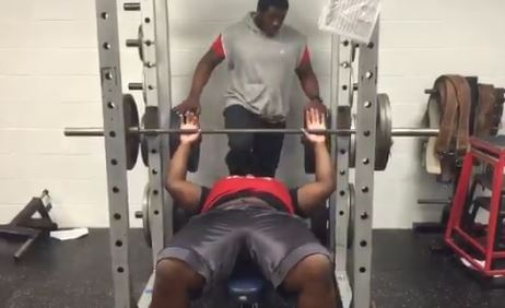 A 15 Year Old 2018 Florida State Commit Can Bench 225 Pounds More Than 30 Times