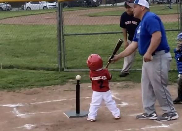 MLBer's Two Year Old Son Already Has A Major League Level Bat Flip
