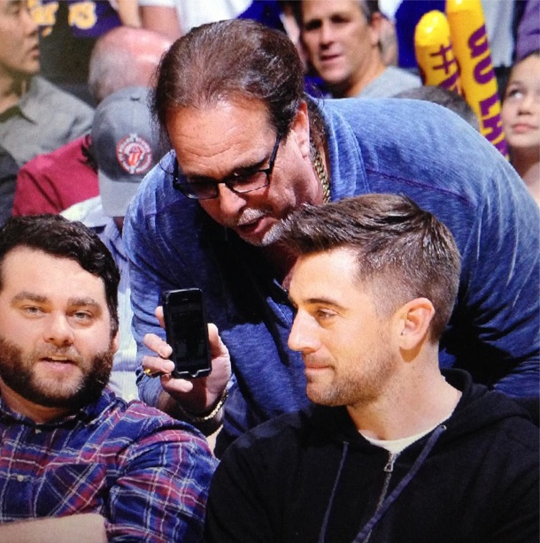 Aaron Rodgers Shunned a Fan and He's Still Pissed