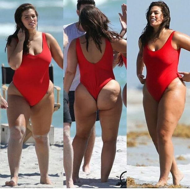 Ashley Graham Shows Off Her Enormous Moneymaker
