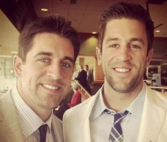 Aaron Rodgers' Bro Says it Sucks He Can't Talk to his Brother