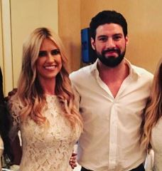 Flip Or Flop Star Christina El Moussa Spotted With A Hockey Player