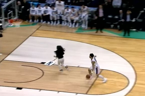 Gonzaga's Josh Perkins Nearly Posterized A Mop Girl