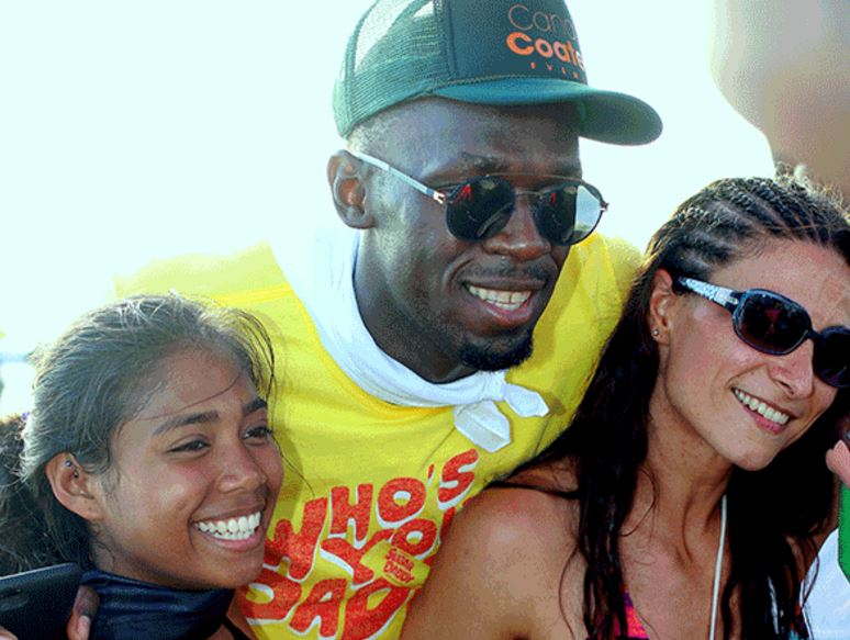 Usain Bolt Spotted With Several Women At A Club in Tobago