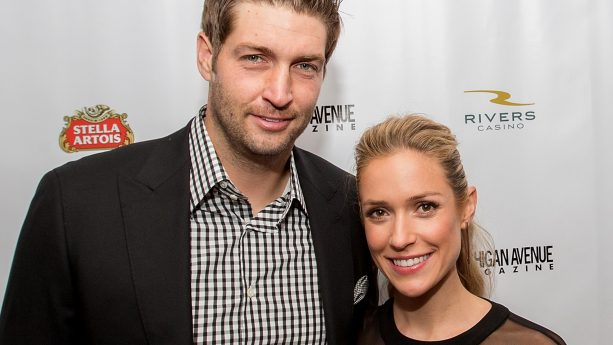 Jay Cutler and Wife Enjoying Mexico Life