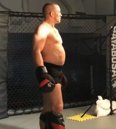 Michael Bisping Destroys GSP's Belly In Training Video