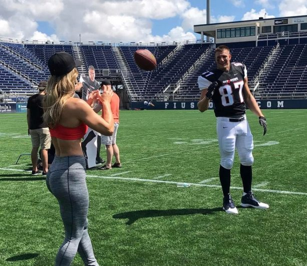 Rob Gronkowski Warming up to Callie Bundy