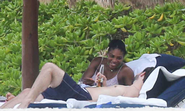 Pregnant Serena Williams Spotted On The Beach In Mexico With Fiance