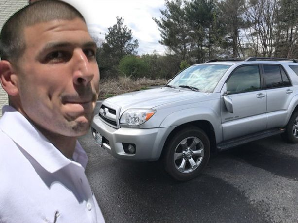 eBay cancels auction of Aaron Hernandez SUV