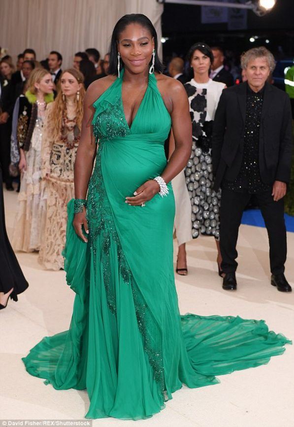 Serena Williams and her Baby Bump Hit up the Met Gala