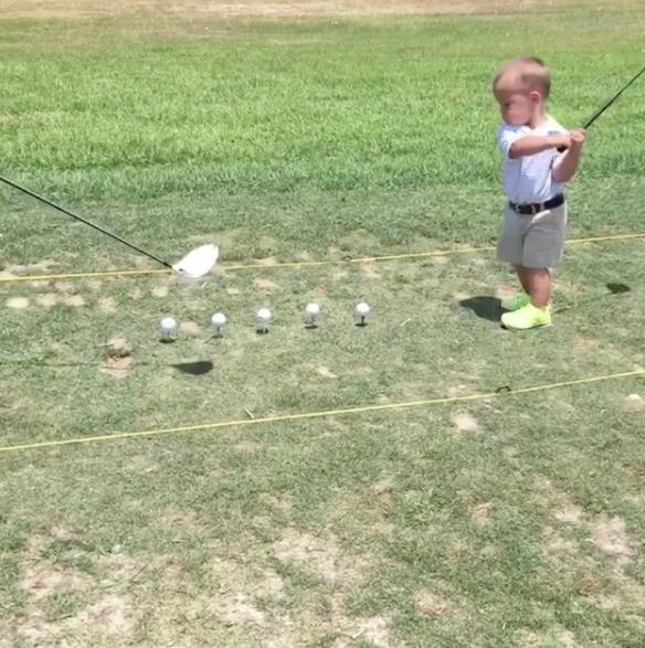 1 Year Old Golfer Got Skils Already