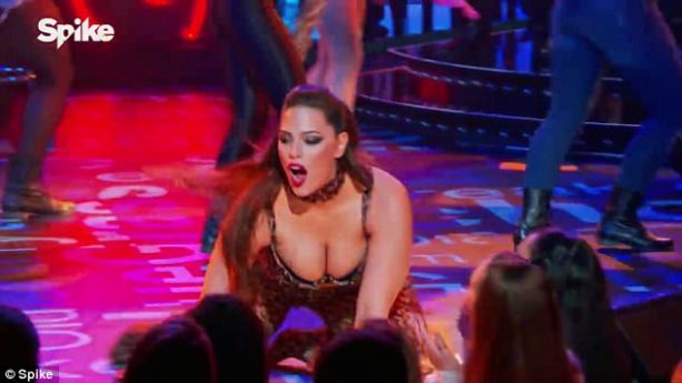 SI Covergirl Ashley Graham Busts out on Lip Sync Battle