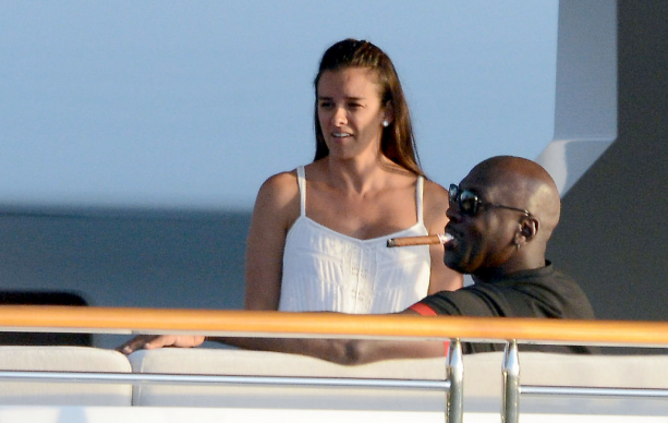 Michael Jordan Big Pimpin With Wife On His Yacht