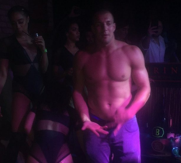 Gronk Goes Shirtless and Grinds out the Weekend