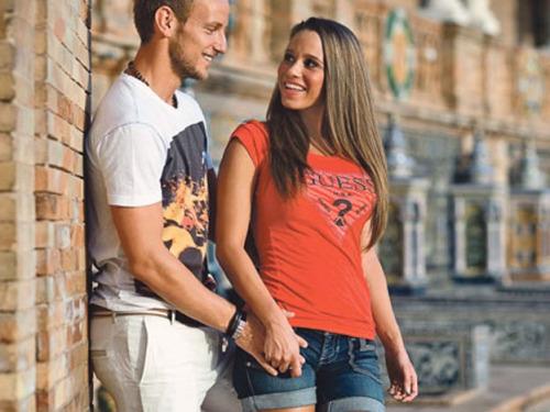 Sighting: Ivan Rakitić and Raquel Mauri at Juvia, Miami Beach
