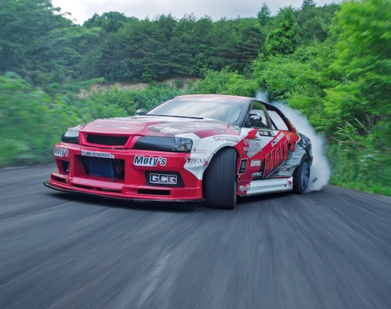Video-1 000HP Touge Attack