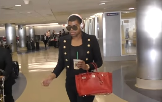 EJ Johnson Lost his BAGS at LAX